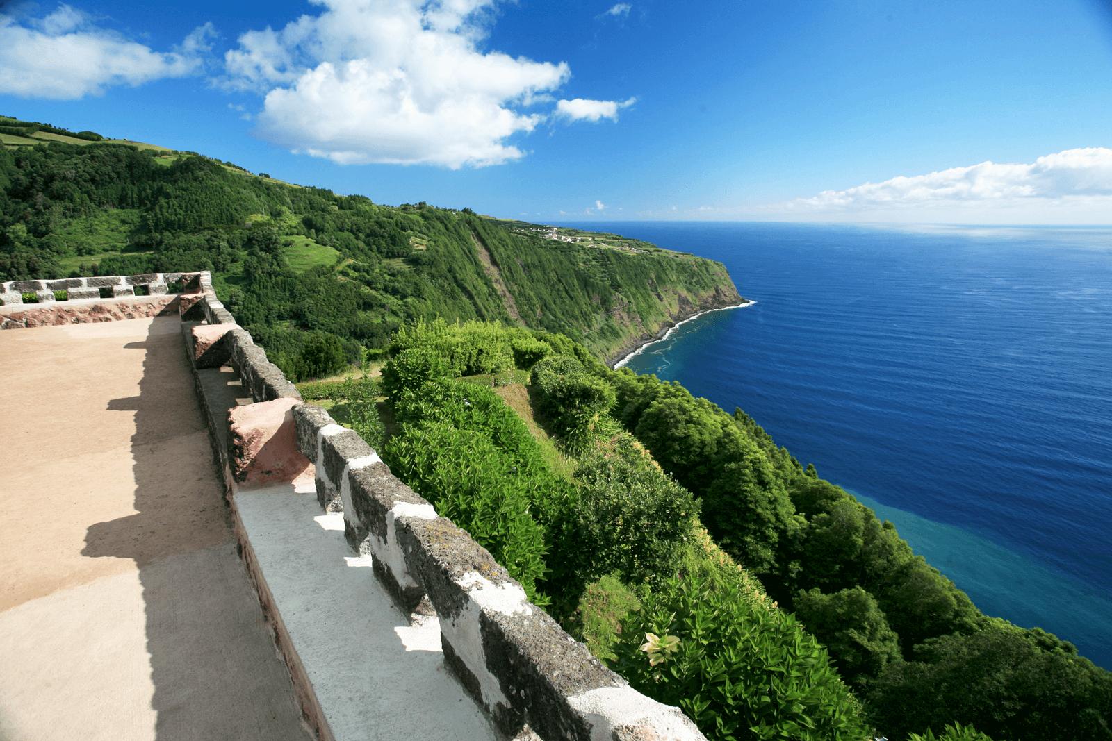 Top Azores: 13 Miradouros micaelenses a não perder de vista