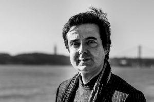 """Read more about the article Nuno Costa Santos: """"A Grotta pretende situar-se entre a atenção merecida a vozes afirmadas e a vontade de dar lugar a diferentes escritas e outras artes"""""""
