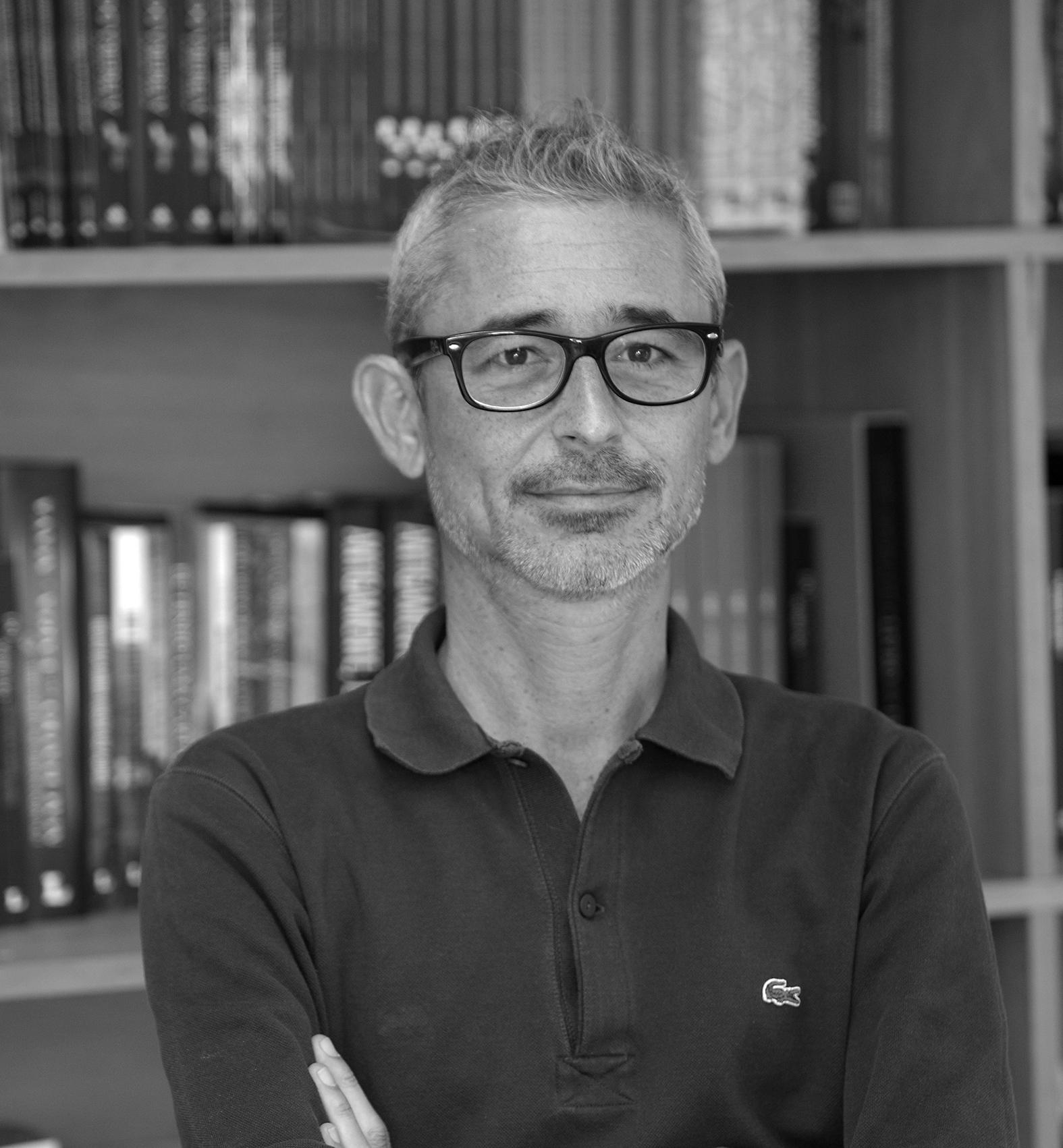 Mini-Entrevista a Luís Rego: «As convenções e as regras são um pouco como pequenos demónios para mim»