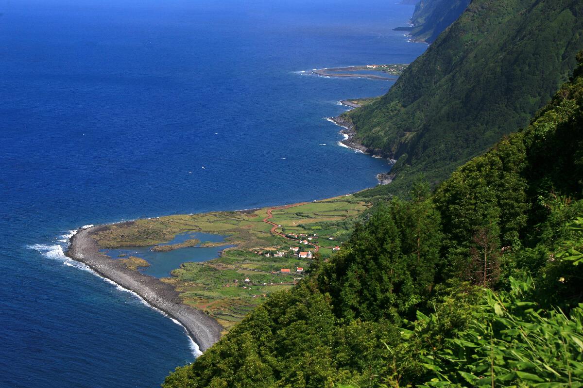 Fajã dos Cubres. As 13 Zonas Húmidas dos Açores