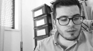Júlio Tavares Oliveira: «A poesia vai sublimando e combatendo os dias. Não os substitui, mas de certa forma os redime»